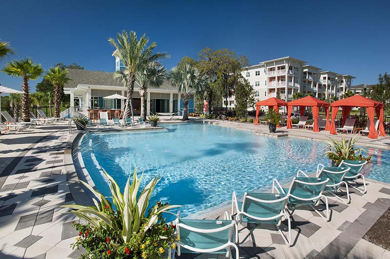 Solaris Key Luxury Apartments Clearwater | Sparkling Pool